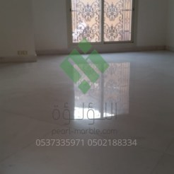 Clear-marble-and-tiles059