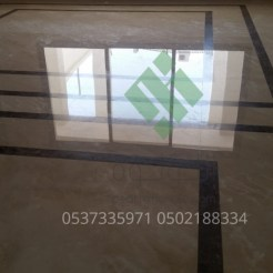 Clear-marble-and-tiles088