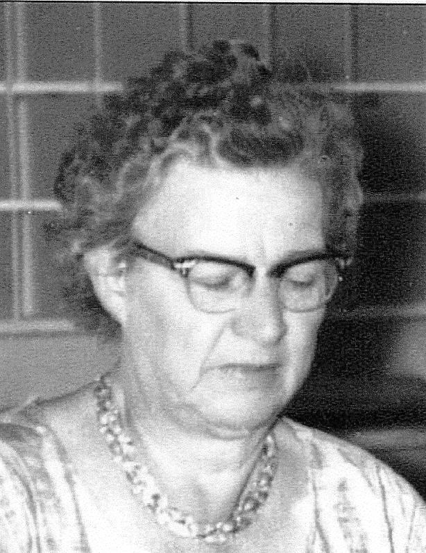 Evelyn Pearl Estabrooks, 1899-1977