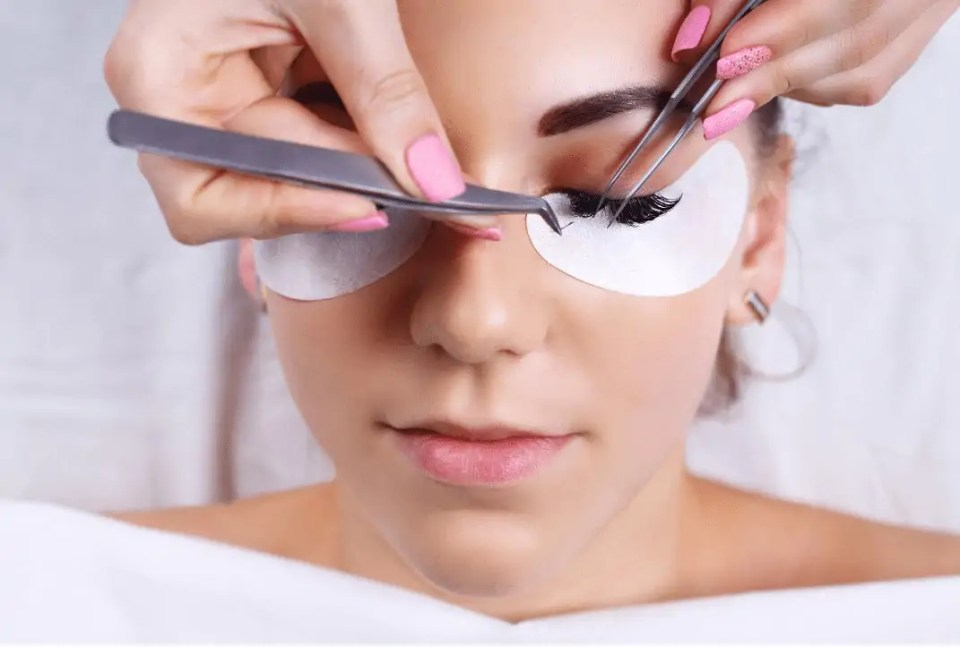 Eyelash Extension Private Training by Pearl Lash Cape Coral, FL