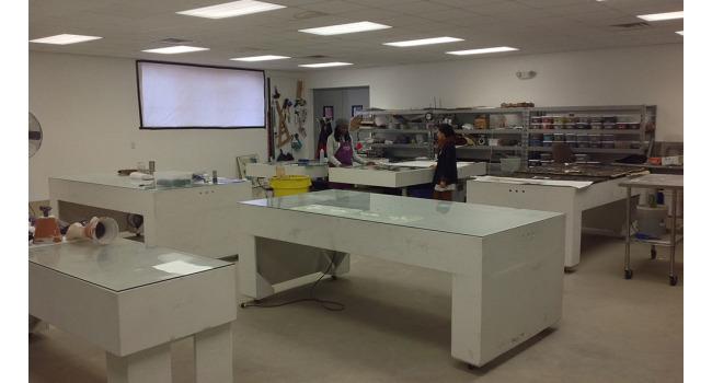 glass lab