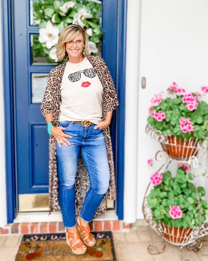 How to style a leopard print kimono