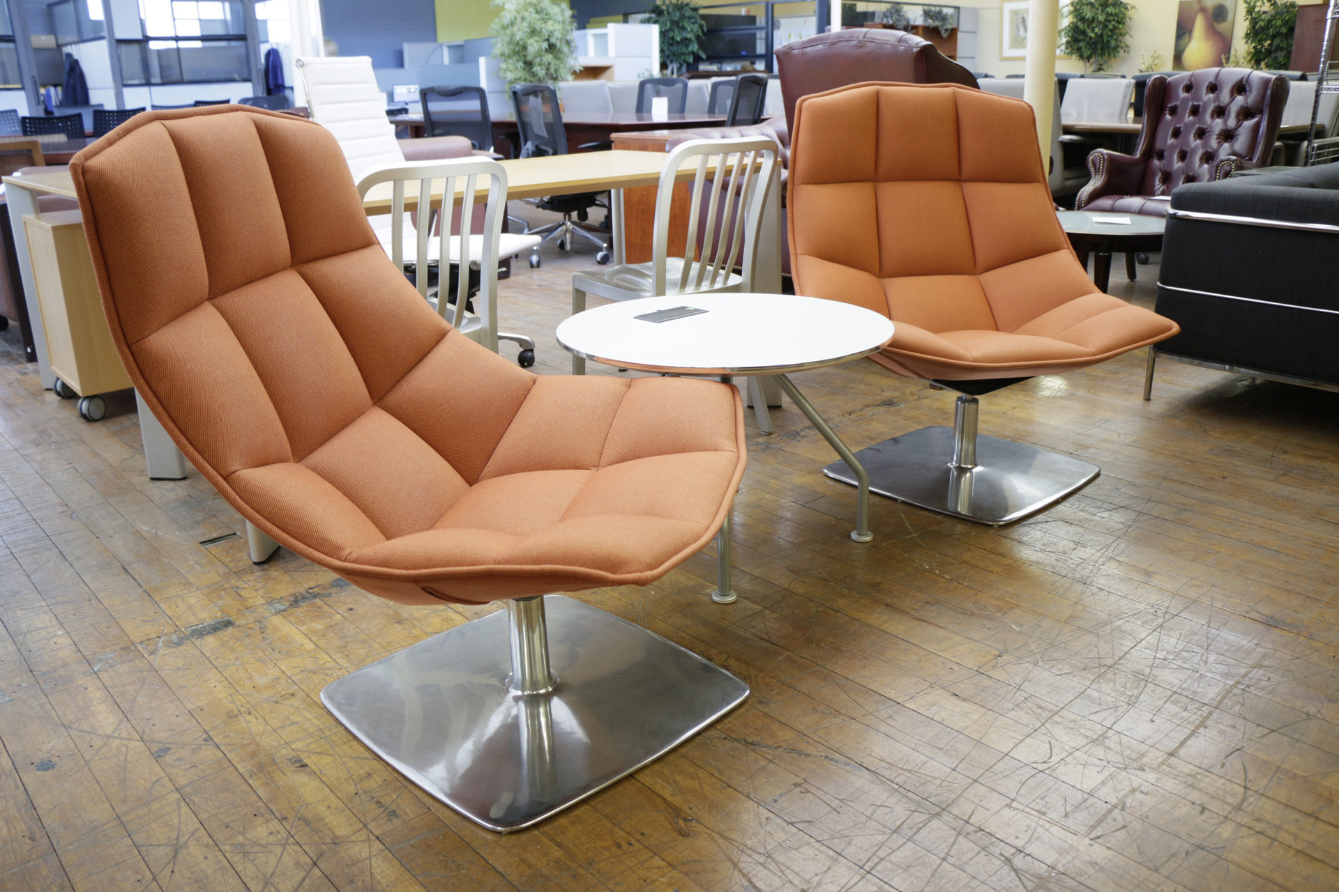 jehs laub lounge chair chiavari caps wholesale knoll and chairs with chrome pedestal base peartreeofficefurniture mg 3271 jpg