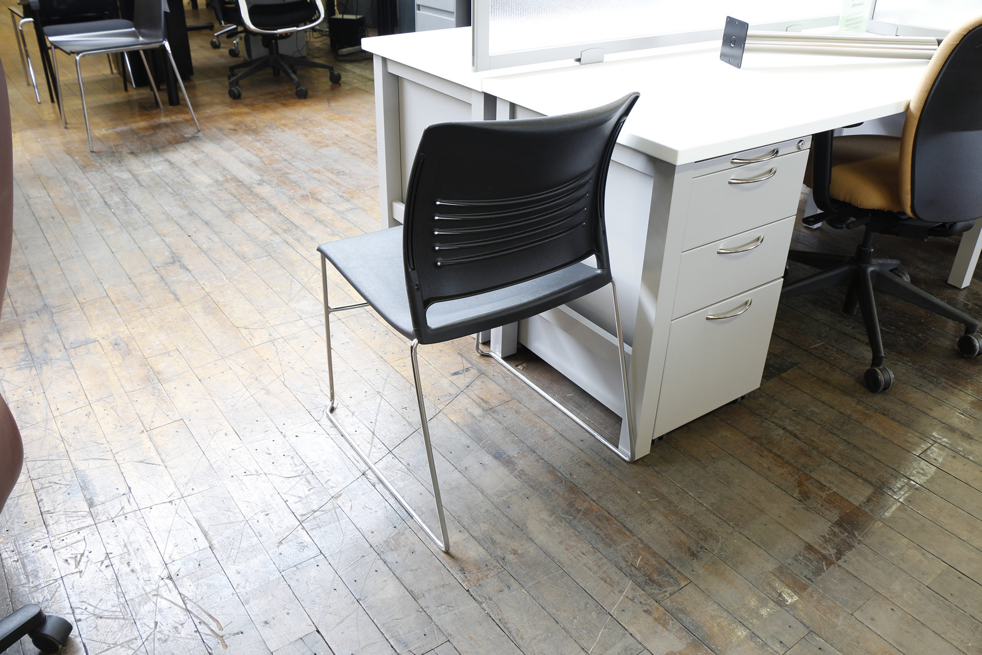 ki strive chair cheap egg pod high density sled base stack chairs  peartree