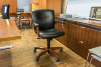 Steelcase Gentry Low Back Executive Chairs  Peartree ...