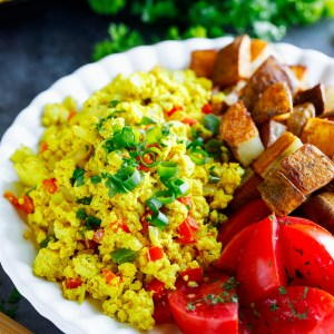 Garden Veggie Tofu Scramble