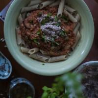 Pasta al Pomodoro & Vegan T*na.