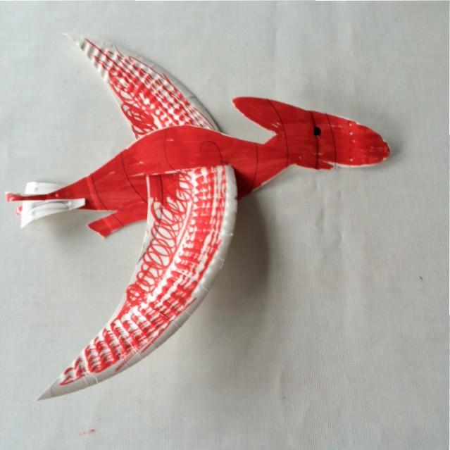Paper plate dinosaur glider