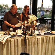 David and Sandy Mednick officiate the Passover Seder.