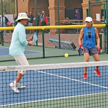 Sheri Sears and Darlene Walker showed patience in covering the middle of the court; Photo by Dannie Cortez.
