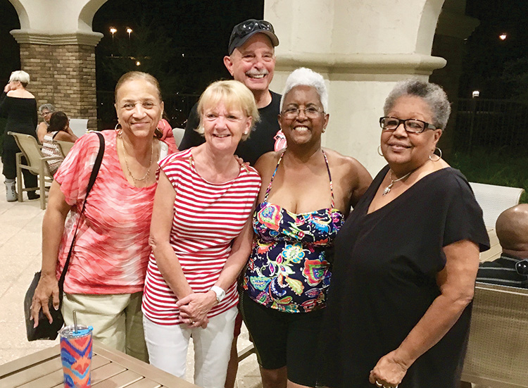 Left to right: Gloria Smith, Barb Kelley, Chuck Kelley, Roberta Medina, and Sharon Deering had a great social under the stars.