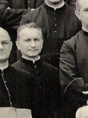 Cônego Roberto Wyrobek
