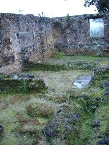 Cemitério do Colégio de Anchieta - ES, do tempo de Pe. Anchieta.