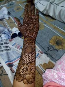 Fancy Hand Henna Design 2017