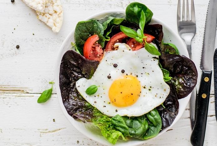 Les 5 aliments essentiels des sportifs végétariens