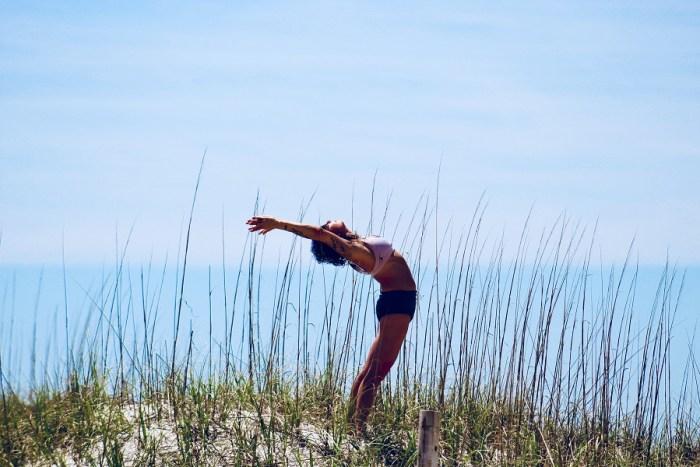 Trouver le bon yoga pour soi avec Yoga Connect - Pêche  Églantine