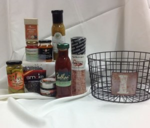 Ottawa Valley gift baskets from Pêches et Poivre
