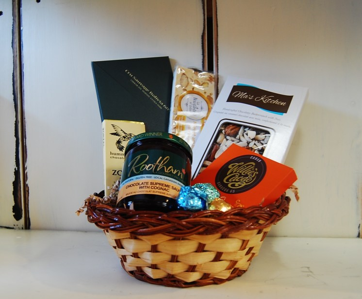 Almonte Gift Basket - Dreams of Chocolate