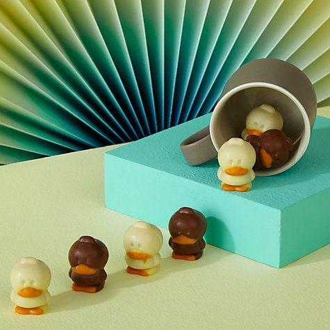8e6868c70a32db9d3c34e9058401e30f--belgian-chocolate-praline