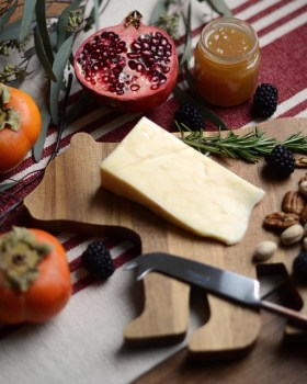 wooden-cheese-board