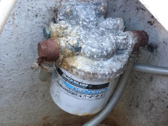 filtre essence décanteur séparateur hors bord