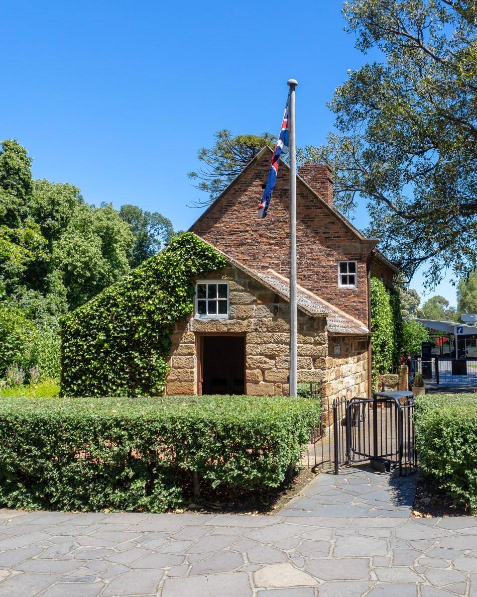 Captain Cooks Cottage