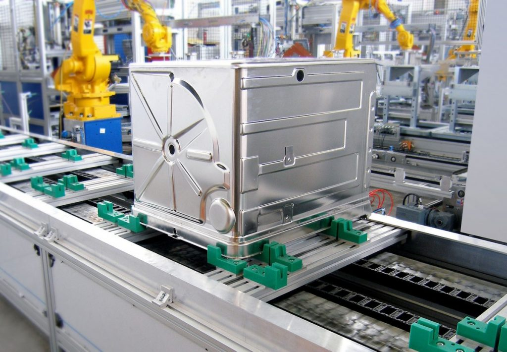 mk's Accumulating Pallet Recirculation System used by Leading German Appliance Manufacturer
