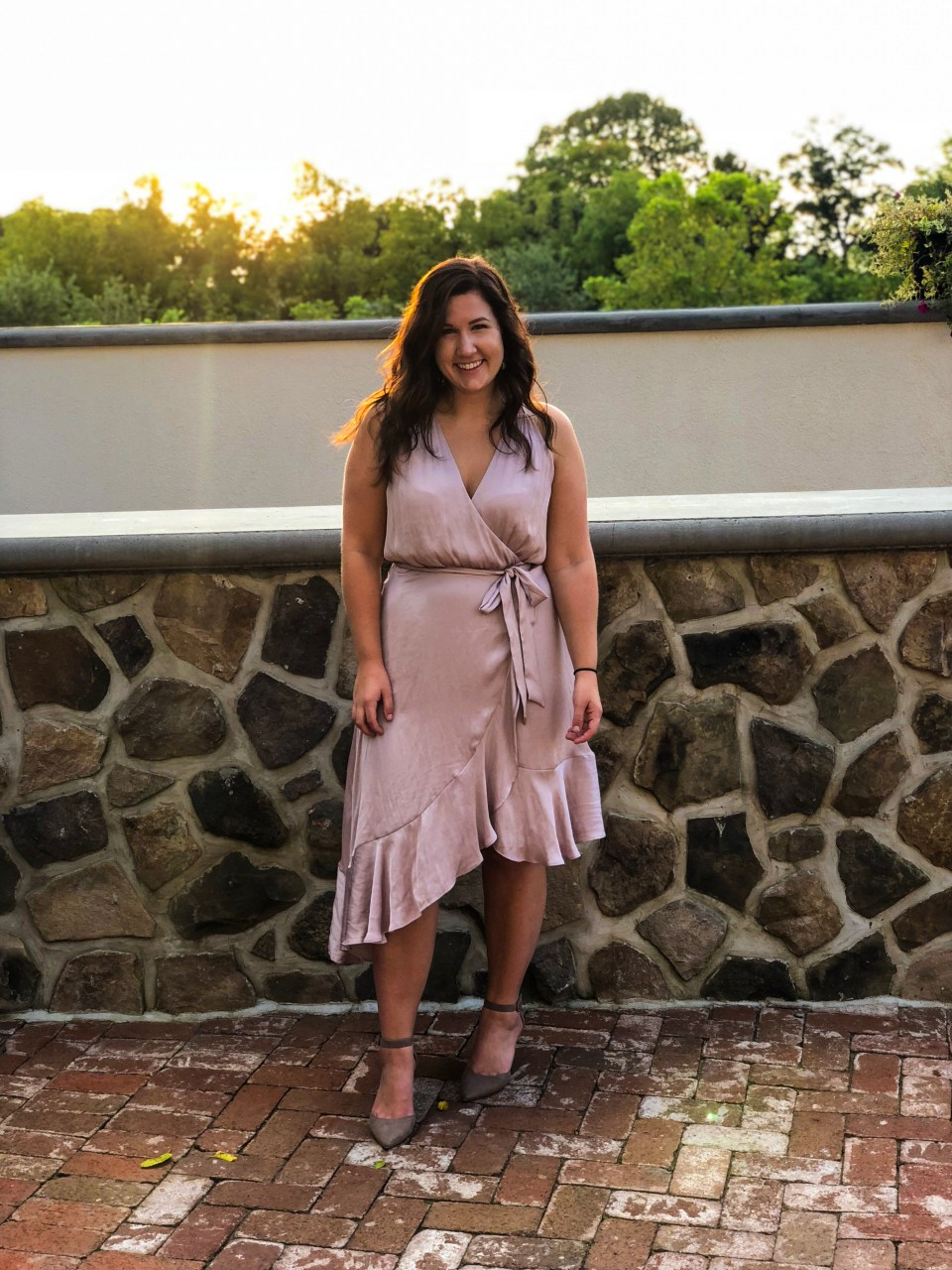 What to Wear to a Country Club Wedding