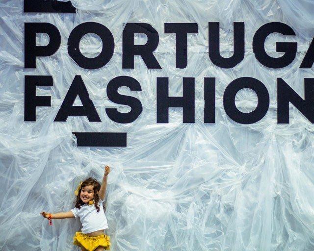 Ns no portugalfashion para ver noBlogPedaosdeNs! NovoPost PortugalFashionWeek link nohellip