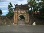 Hue citadel outside 6