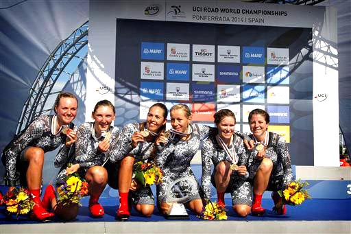 Celebrating TTT Gold at the 2014 Road World Championships [P] Cor Vos