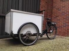 Cargobike Berliner Lastenrad mit E-Antrieb