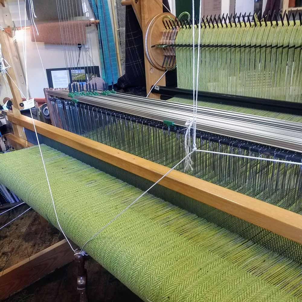 Ali Sharman Handweaver - tweed on the loom