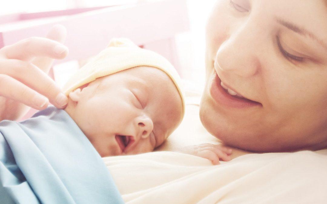 ¿Cuándo llevar a mi bebe por primera vez al pediatra?