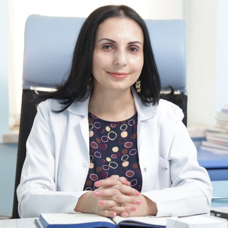 Dr. Xatirə Alxasova