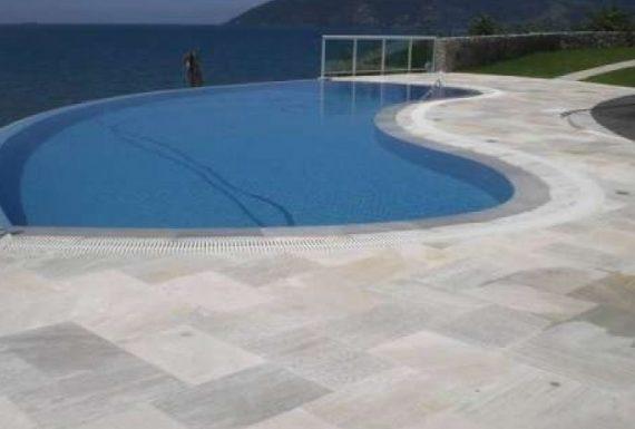 pedra-sao-tome-piscina-decoracao