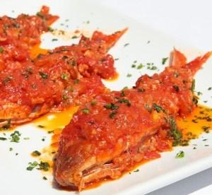 Salmonetes en Tomates