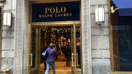 La cadena de moda Ralph Lauren se ha visto obligada a cerrar su tienda situada en la Quinta Avenida de Nueva York - La cadena de moda Ralph Lauren se ha visto obligada a cerrar su tienda situada en la Quinta Avenida de Nueva York