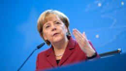 Merkel volvió a defender el libre comercio - Merkel volvió a defender el libre comercio