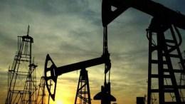 Pedro Luis Martín Olivares OPEP reduce bombeo mientras sus rivales incrementan la producción - OPEP reduce bombeo mientras sus rivales incrementan la producción
