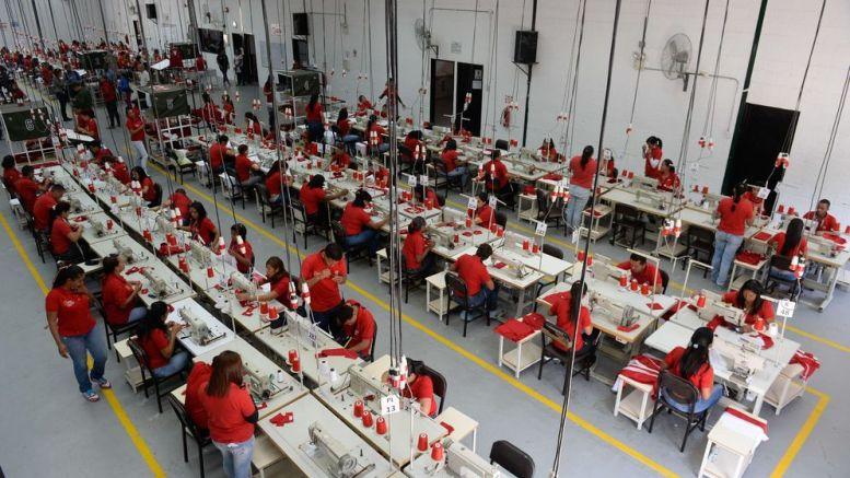Complejo Industrial Tiuna I - Complejo Industrial Tiuna I produce 11 millones de piezas textiles