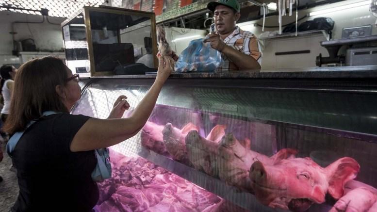 Comerciantes vuelven a hacer de las suyas con la venta de carne - Comerciantes vuelven a hacer de las suyas con la venta de carne