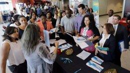 En EEUU se disparan solicitudes de subsidio por desempleo - En EEUU se disparan solicitudes de subsidio por desempleo