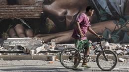 Terremoto sacude también a la economía mexicana - Terremoto sacude también a la economía mexicana
