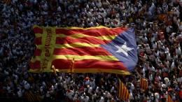 Incertidumbre hunde la economía en Cataluña - Incertidumbre hunde la economía en Cataluña