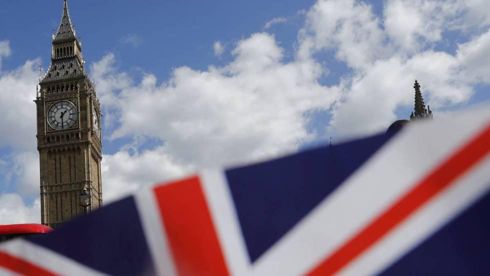 Brexit: París y Amsterdam ganan carrera por agencias de la UE