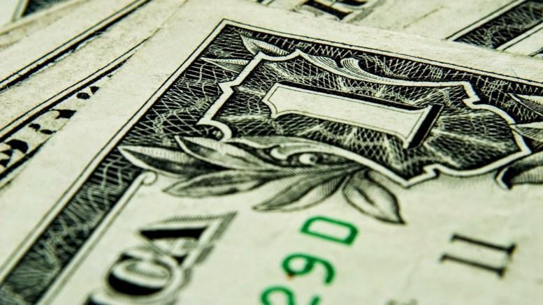 Dólar estará rezagado durante tres meses en Chile - Dólar estará rezagado durante tres meses en Chile