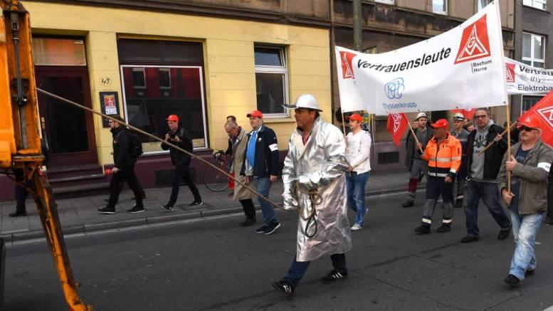 Sector metalúrgico alemán atraviesa la huelga más grande de la historia - Sector metalúrgico alemán atraviesa la huelga más grande de la historia