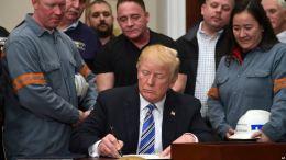 Pese a advertencias Trump decreta aranceles para el acero y el aluminio - Pese a advertencias Trump decreta aranceles para el acero y el aluminio