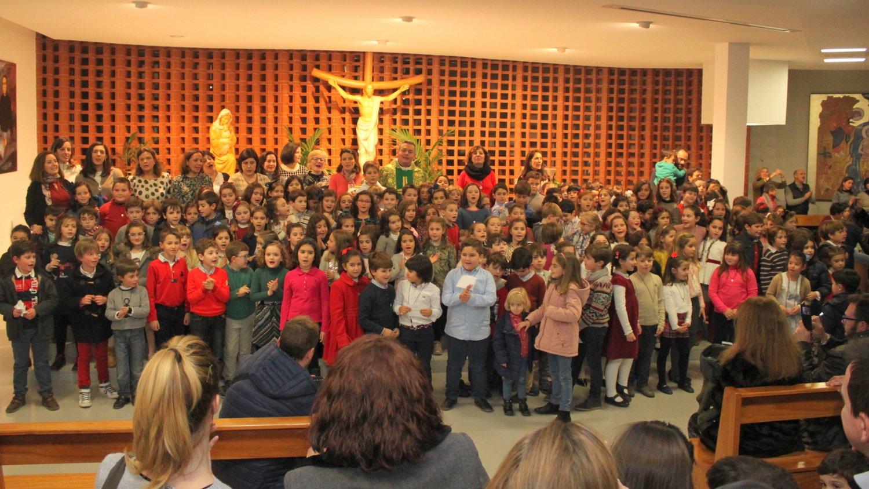Celebración de la Entrega de la Cruz (2º de Primaria)
